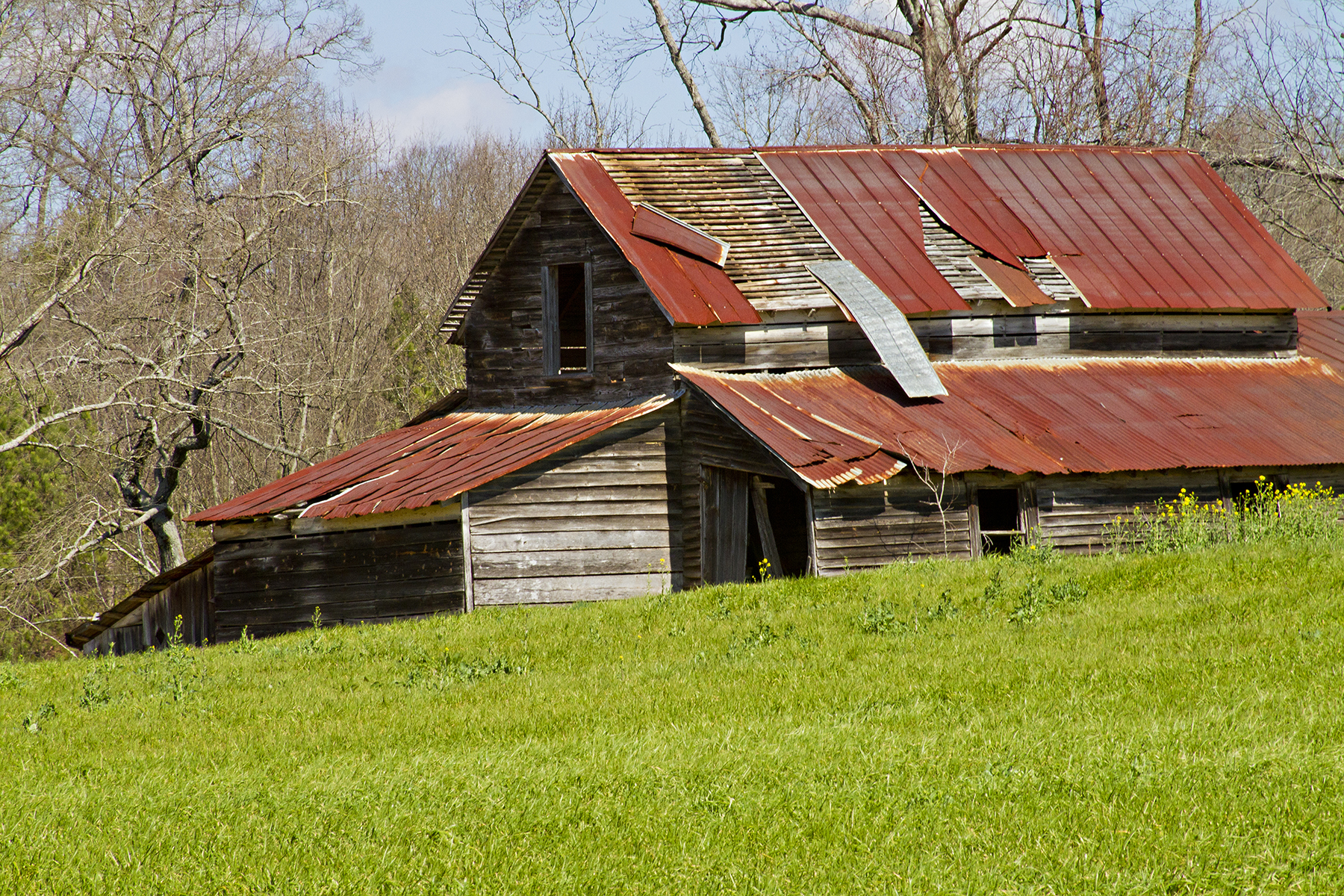a history of our old barn Story behind the story many people, like myself, find old barns attractive it's not  just the weathered architecture: i sense the traces of many hands, many beasts,.
